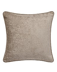 Tamora Pair of filled cushions