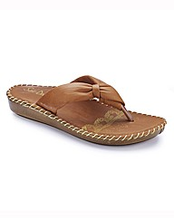 Heavenly Soles Toe-Post Sandals E