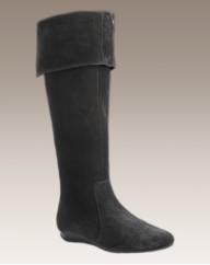 Viva La Diva Knee Boots EEE Fit
