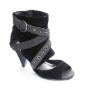 Viva La Diva Cuff Sandals EEE Fit