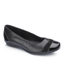 Viva La Diva Patent Trim Shoes E Fit