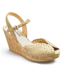 Jeffrey & Paula Cut Out Wedges D Fit