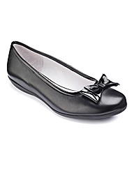 Heavenly Soles Patent Bow Ballerina EEE