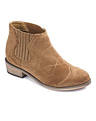 Sole Diva Low Cowboy Boot EEE Fit