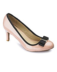 Sole Diva Bow Court Shoe E Fit