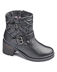 Catwalk Collection Quilted Boot E Fit