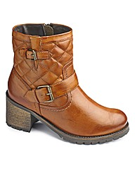 Catwalk Collection Quilted Boot EEE Fit