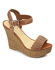 Claire Richards Woven Wedge E Fit