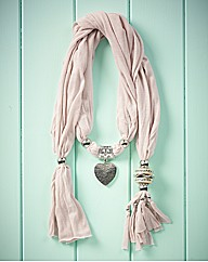 Cream Heart Detail Scarf