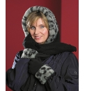 Fur Trim Fleecy Hood Scarf And Gloves