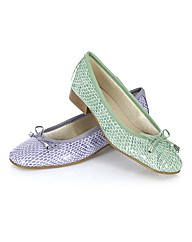 Riva Pastel Pumps