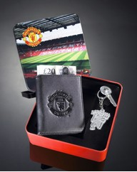 Football Wallet And Keyring Gift Tin