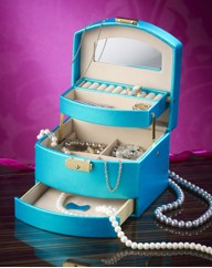 Cantilever Jewellery Box