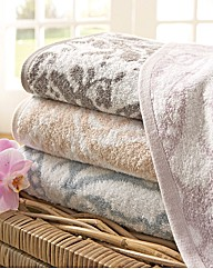 Palace Damask Bath Towel 2 Pack