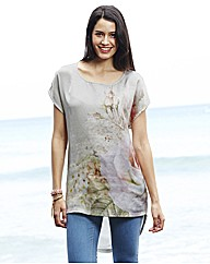 Rose Print Dipped Back Hem Top
