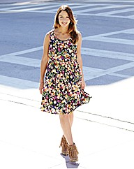 Sleeveless Printed Dress with Belt