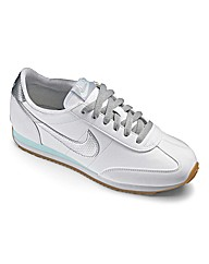 Nike Oceania Leather Trainers