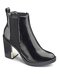 High Shine Chelsea Boot
