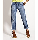Tapered Boyfriend Jeans