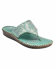 Sole Diva Beaded Toe-Post Sandals E Fit