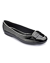 Heavenly Soles Trim Loafer E Fit