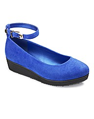 Sole Diva Buckle Trim Flatform E Fit