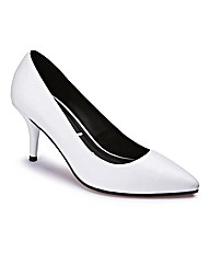 Pointed Court Shoes EEE Fit