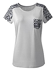 Print Sleeve Jersey Top