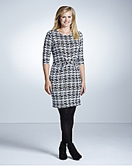 Magisculpt Monochrome Dress