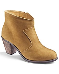 Simply Be Plain Cowboy Ankle Boot EEE Fi