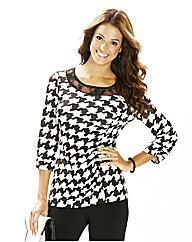 Joanna Hope Lace Trim Houndstooth Top
