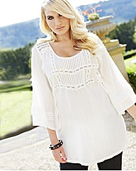 Changes Boutique Lace Trim Tunic Blouse