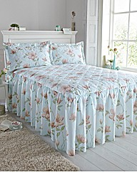 April Bedspread Set