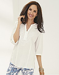 Gelco Embroidered Kaftan-style blouse