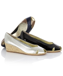 Cefalu Crossover Peep-toe Wedges