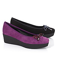 Riva Suede Flatform Wedge Pumps