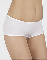 Triumph Just Body Make Up Short