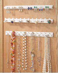 Peel and Stick Jewellery Organiser