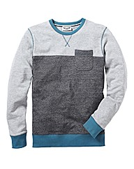 Label J Pocket Crew Sweatshirt Reg