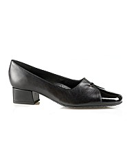 Dawn Black Court Shoe