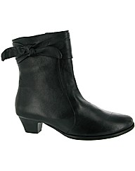 Riva Phoebe Leather Boot
