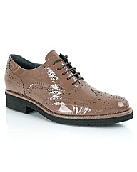 Daniel Gallant Brogue