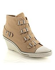 Ash Genial Boot