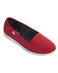 Free-Step Patch Casual Canvas Slip On