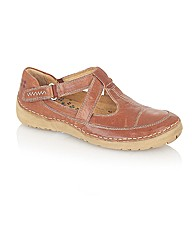 Naturalize Julianne Casual Shoes
