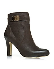Moda in Pelle Mazzie Ladies Boots
