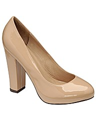 Ravel Helga  patent court shoe