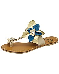 Ravel Jacey toe loop flat sandal