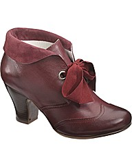Hush Puppies Lonna Shootie Ankle Boot
