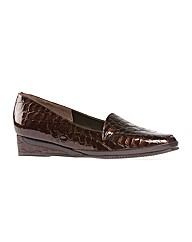 Verona III SM Brown Patent Croc wedge